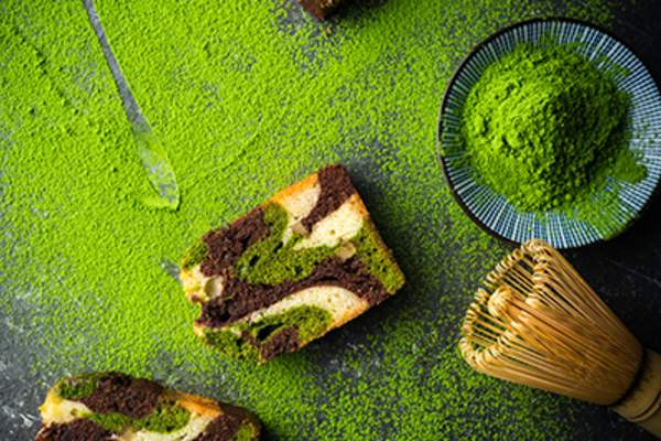 Matcha powder and matcha cake.