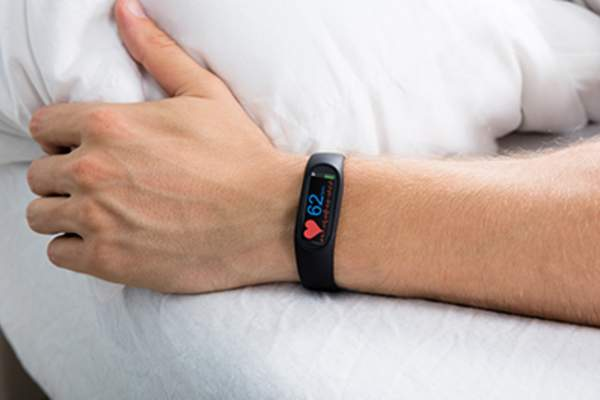 Sleep tracker in wrist.
