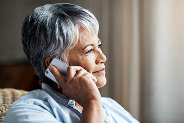 Senior woman on the phone.