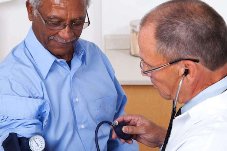 Lower Blood Pressure Goal May Benefit Older Adults