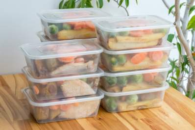 Meals prepared in advance make life with RA easier.