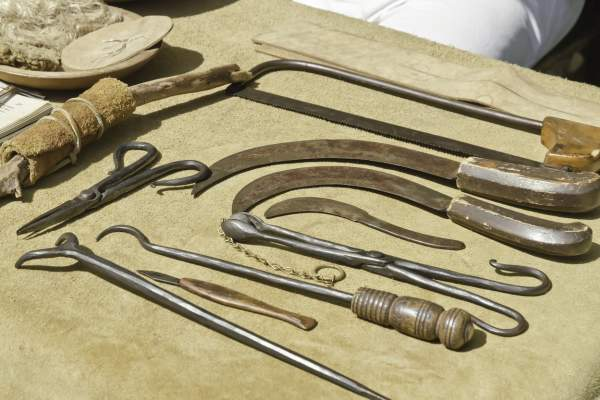 Antique surgical instruments.