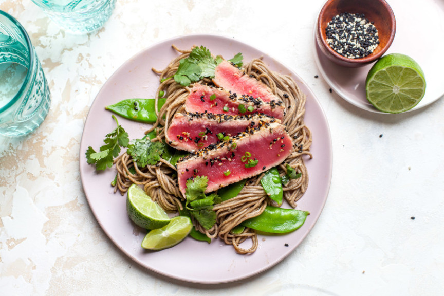 Sesame-Seared Tuna Steaks With Soba Noodles