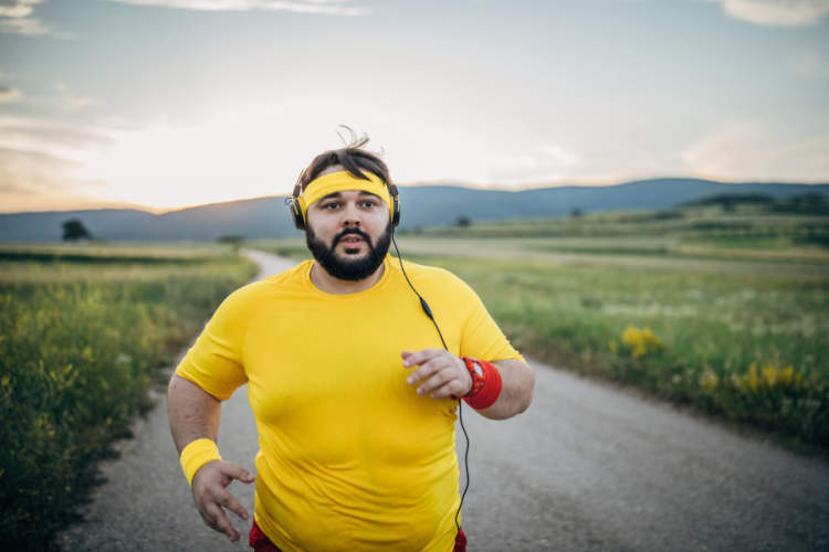 man wearing yellow running