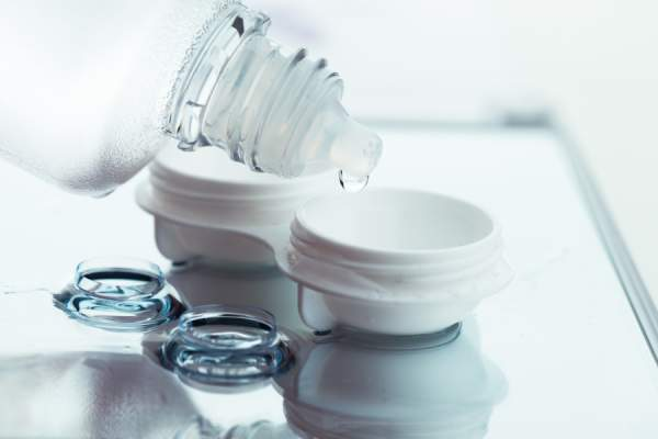 contacts and contact solution