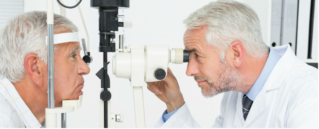 Eye Floaters and Flashes: When to Worry   HealthCentral