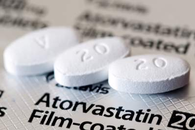 Dry AMD Patients Get Help from Statins