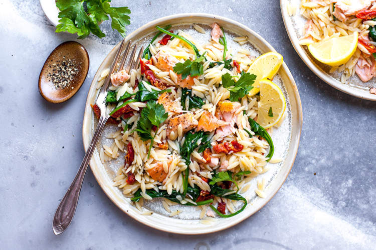 Lemony Orzo Salad With Flaked Salmon