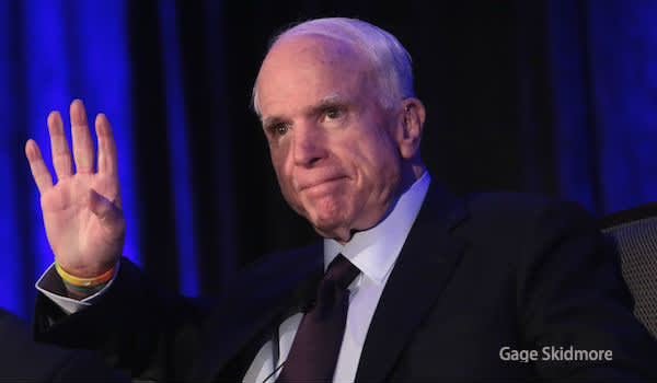 John McCain speaking at the 2016 Arizona Manufacturing Summit
