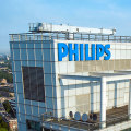 Thumb-Philips-logo-on-headquarter-Amsterdam