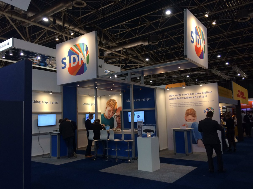 sidn+stand