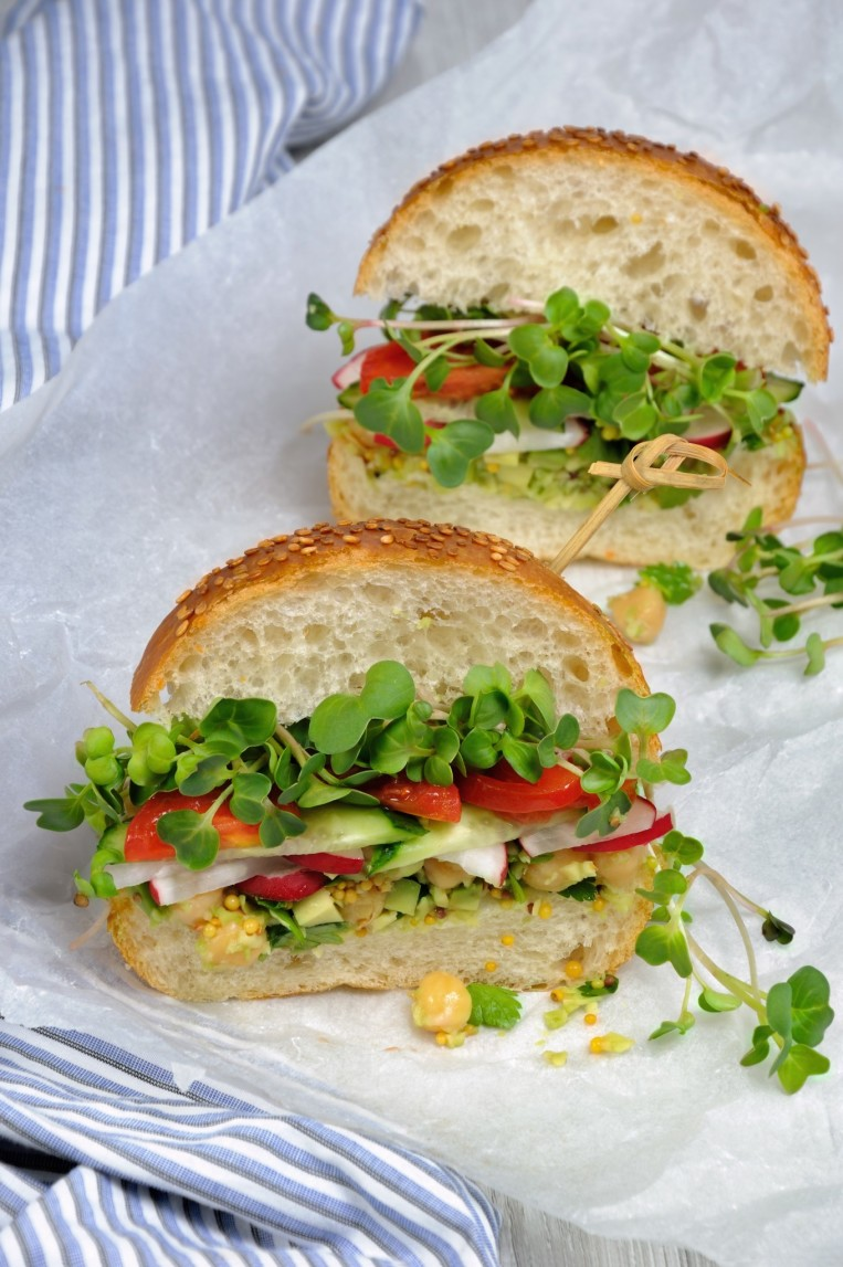 sandwich-with-green-radish-sprouts-crispy-radish-and-cucumber-tomato-with-avocado-dressing-and t20 P1LoPy