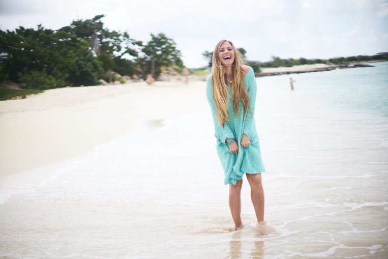 rachel-brathen-laugh-beach-ocean.jpg