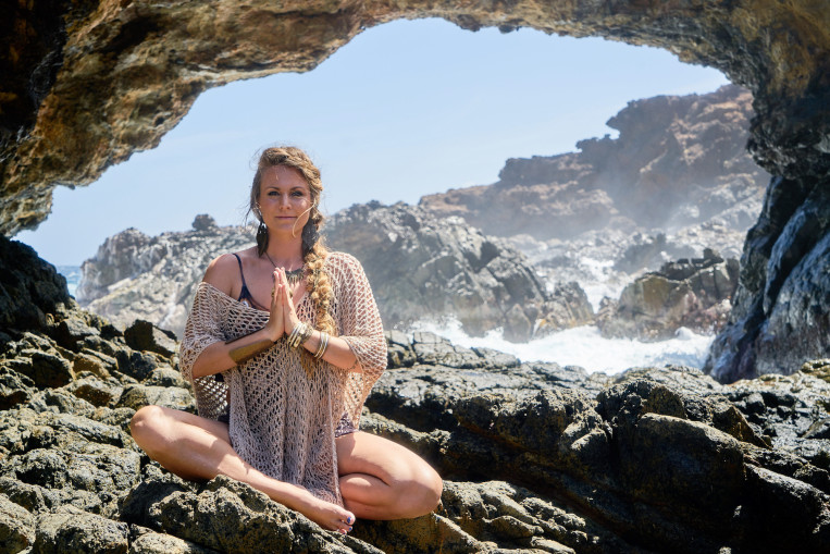 rachel-braid-rock-beach-anjali-mudra.jpg