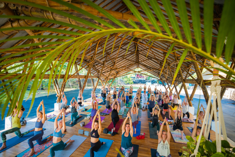 yoga-class-envision-retreat-costa-rica.jpg
