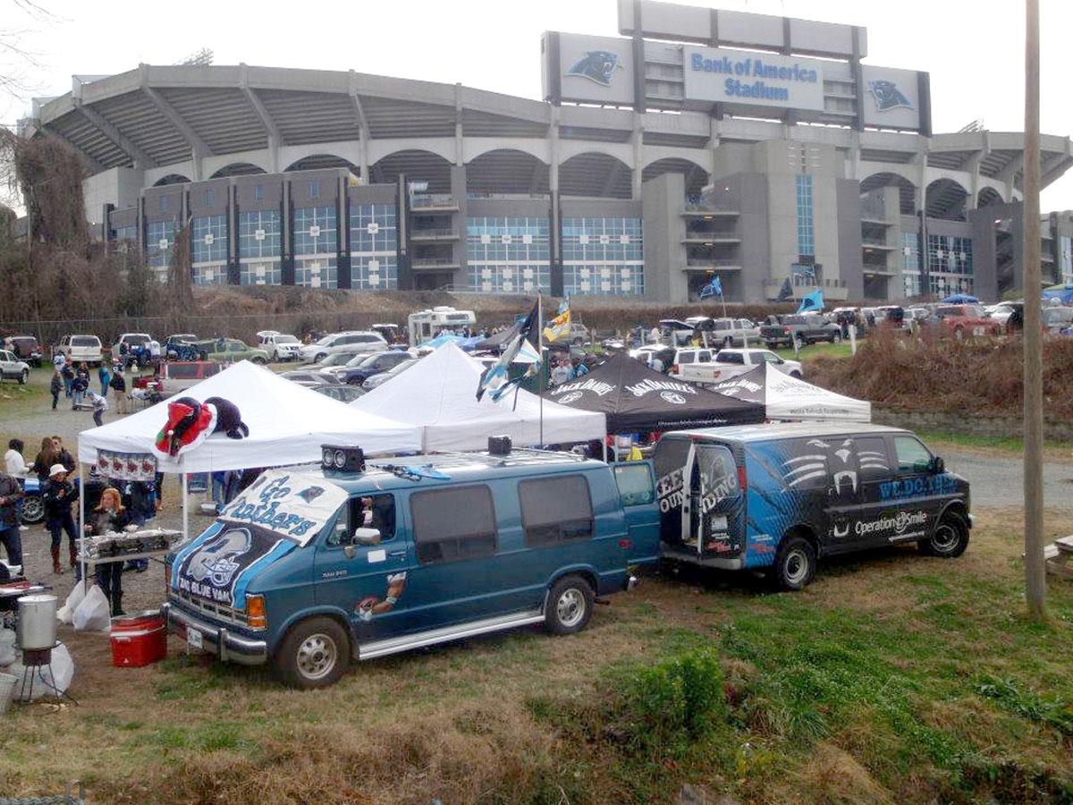 Joe Ryan's Roaring Riot Tailgate Vans