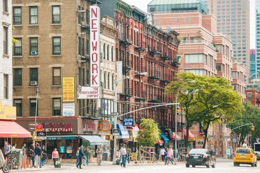 Hell\'s Kitchen NYC Neighborhood Guide - Compass