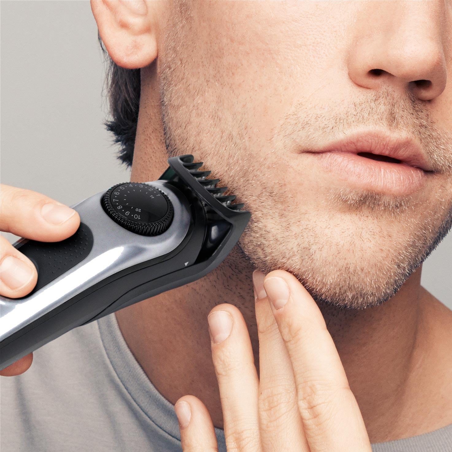 Braun BeardTrimmer BT5060 - In use