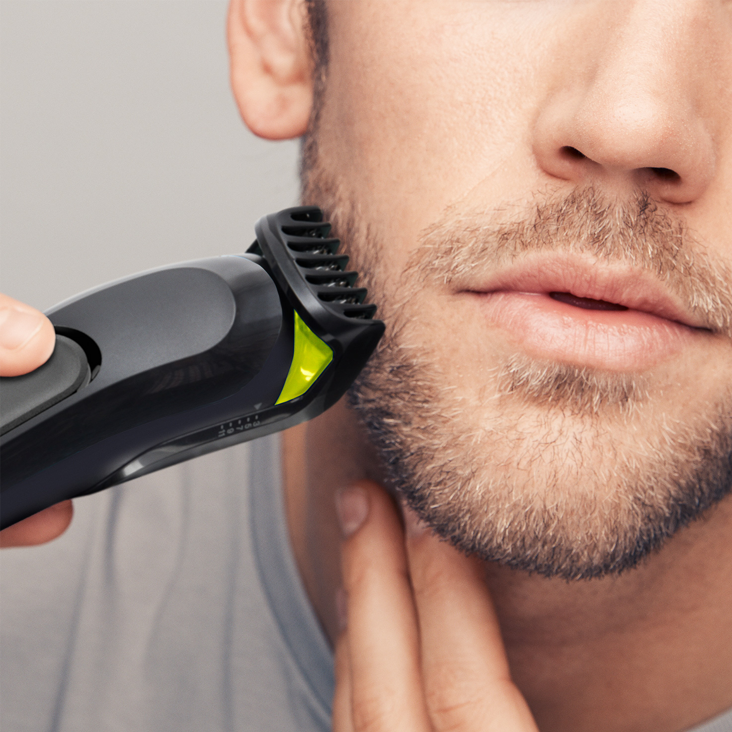 Braun All-in-one trimmer MGK3021 - In use