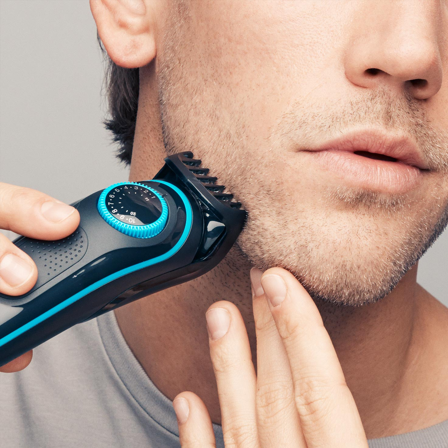 Braun BeardTrimmer BT7040 - In use