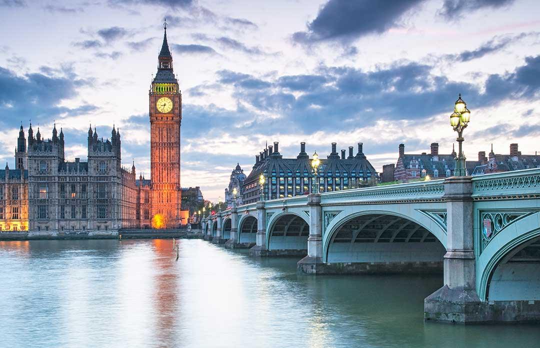 London-skyline-1080px.jpg