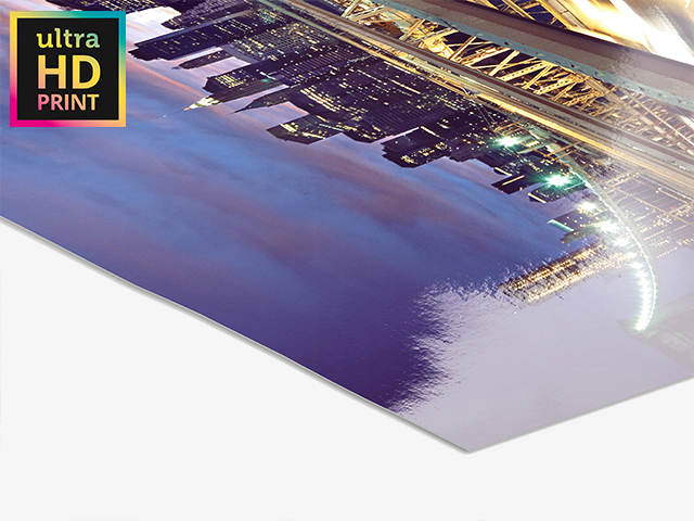 Metallic ultraHD Photo Print | Product Picture side view