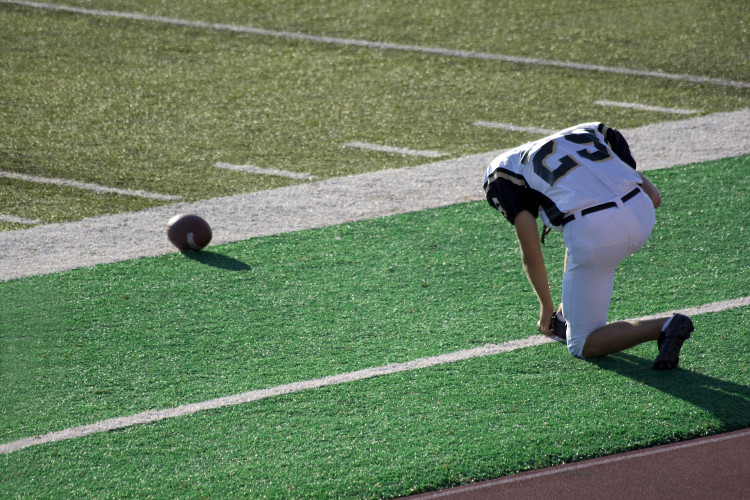 When Student-Athletes Get Injured, Who Pays? | Noodle