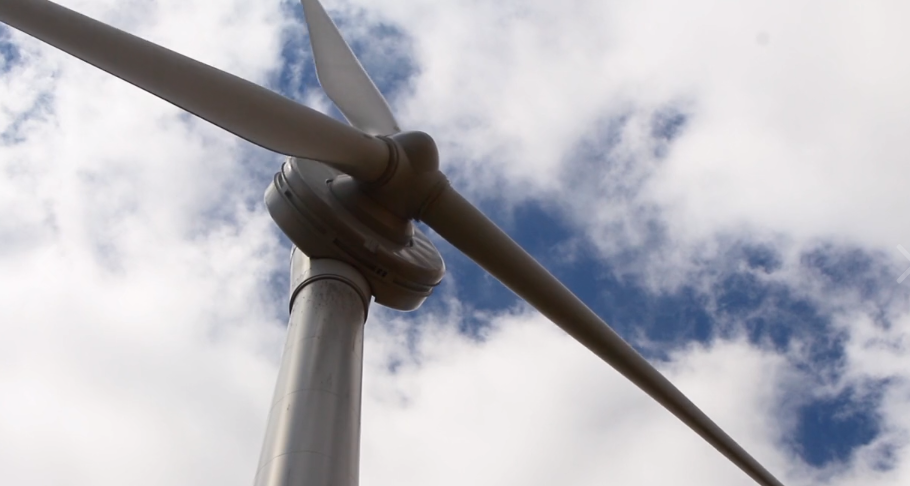 Wind-turbine-Ashby-Farms-Opus-Energy