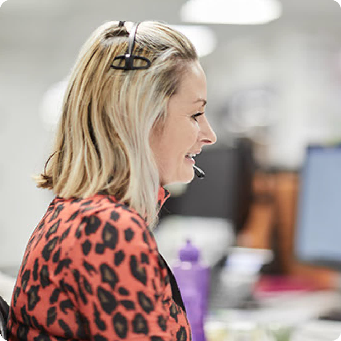 UK-based customer service, plus 24/7 online access - Image