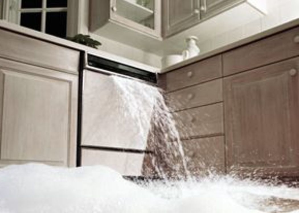54ff39d34f8f1-overflowing-dishwasher-suds-kitchen-photo