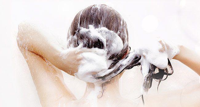 Apakah Sering Mencuci Rambut Tidak Baik?