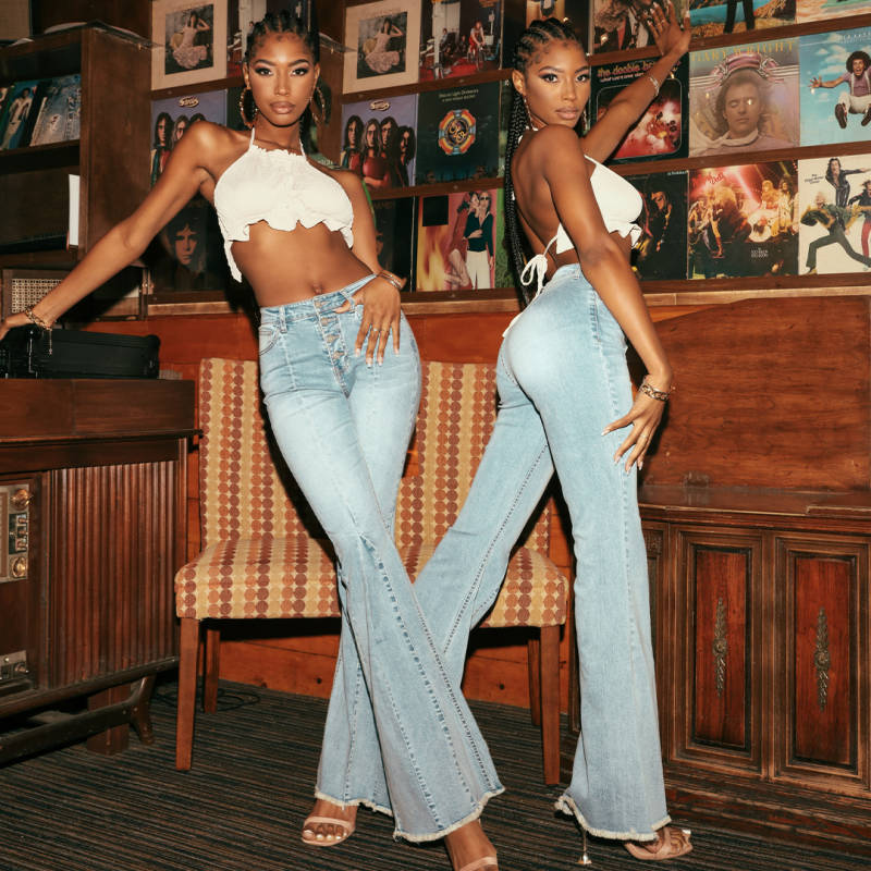 4 Ways To Style Flare Jeans