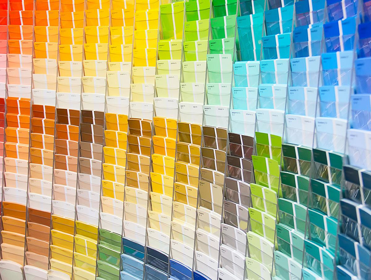 Honderden-kleuren-in-de-kleurenwaaier