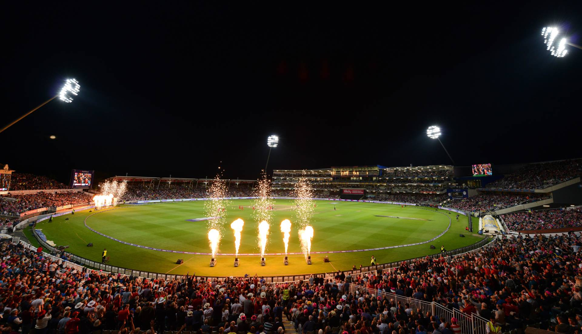 2015-NatWest-T20-Blast-Finals-Day-2-min mini