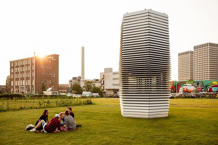 smog-tower-1024px-700x467