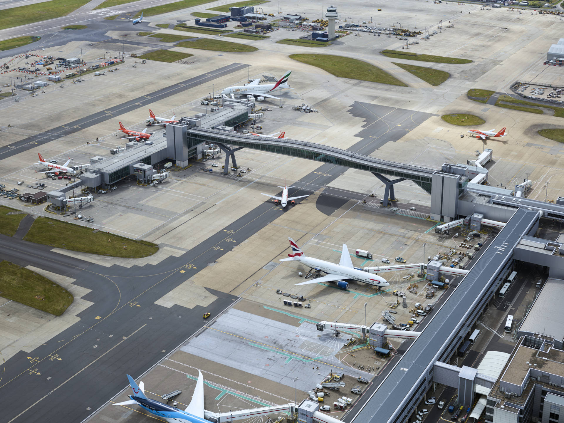 Gatwick Airport signs new three-year deal with Haven Power