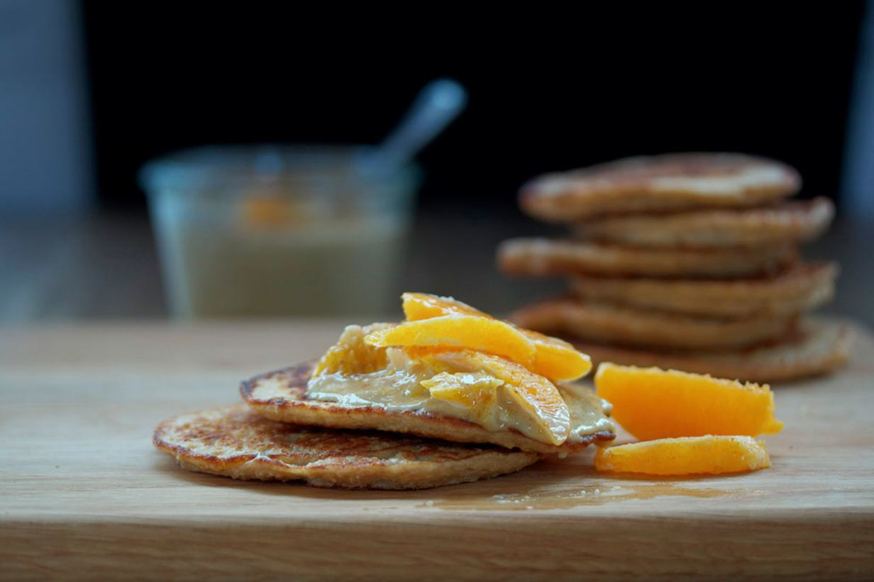 pancakes_with_creamy_cashew_sauce