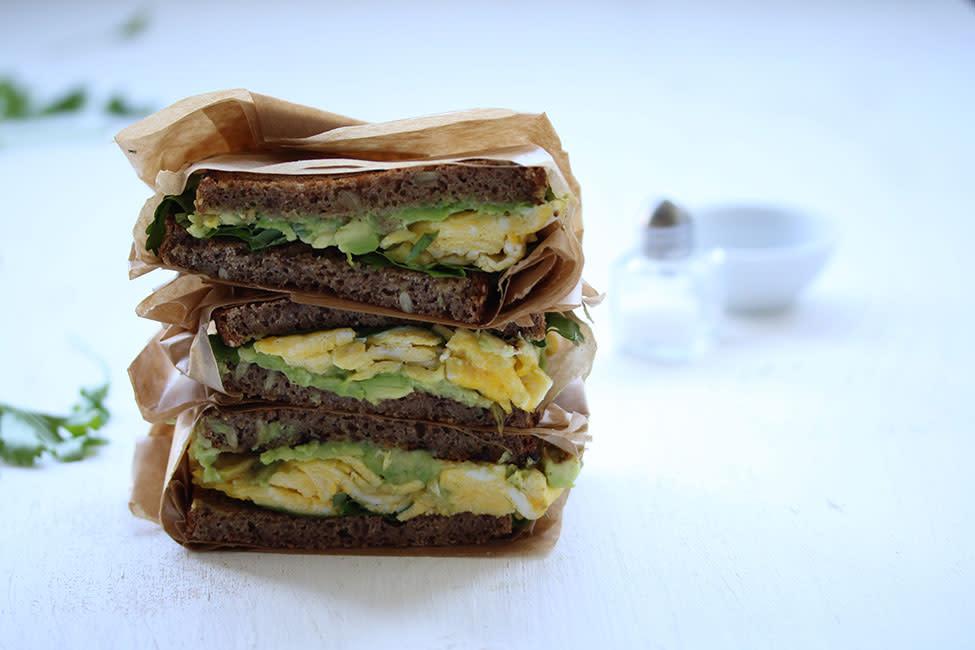 avocado_and_egg_sandwich