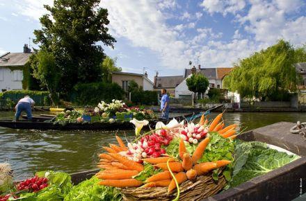 Marché sur l'eau, ®OT Amiens Métropole