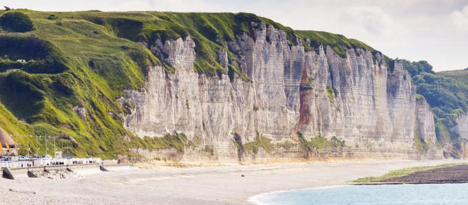 Normandie : 11 expériences pour marcher sur les pas des Impressionnistes Les_falaises_de_F__camp__c_benkrut_GettyImagesR