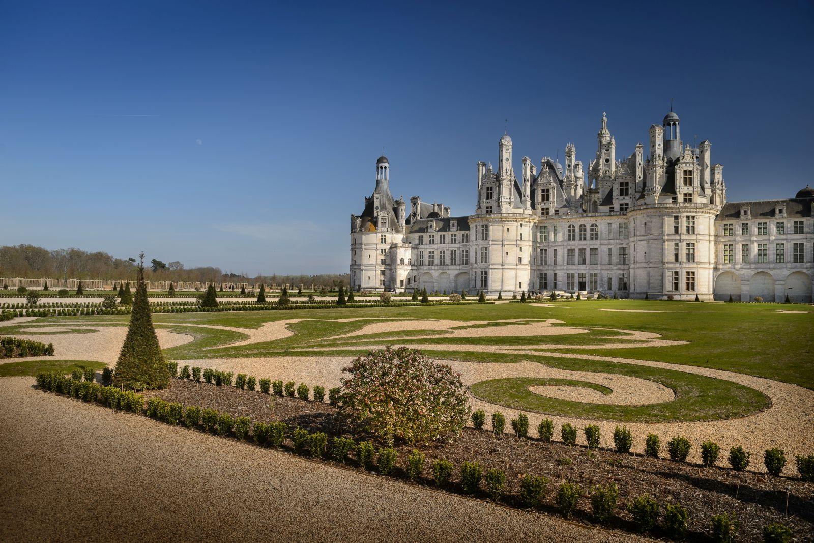Les Jardins Du Chateau De Chambord Retrouvent Leur Splendeur