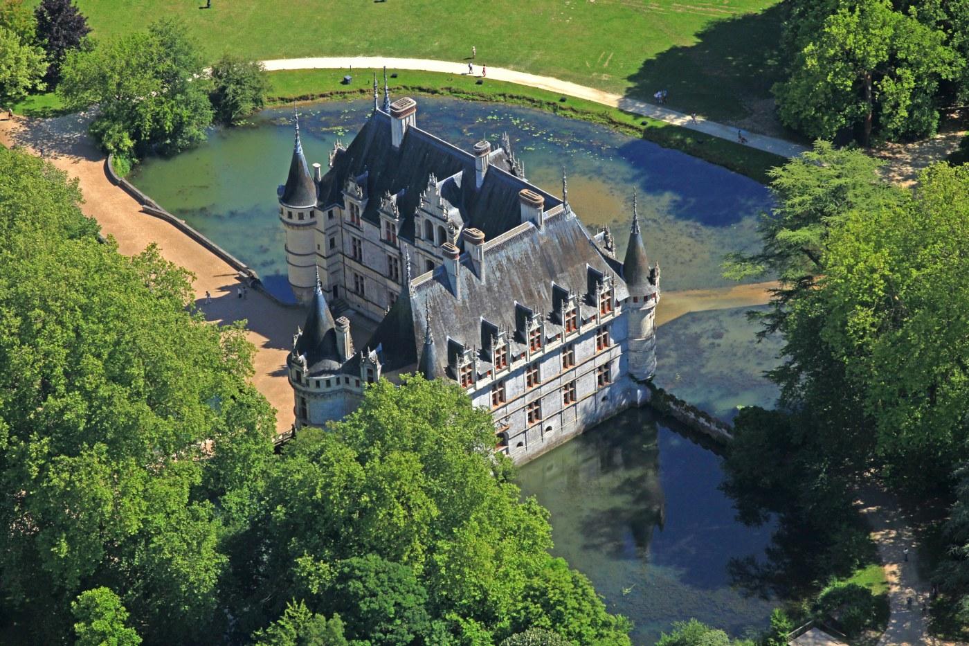 Le Chateau D Azay Le Rideau
