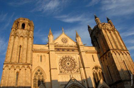Cathédrale Saint-Pierre, Poitiers
