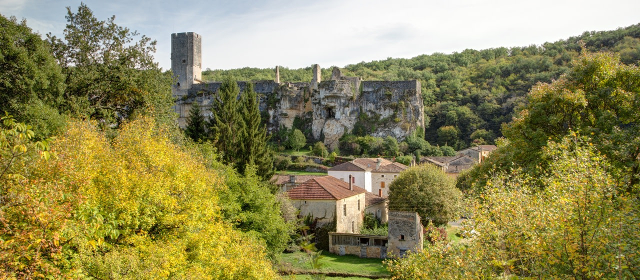gavaudun castle, lot et garonne, france