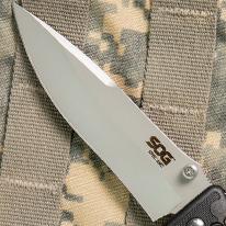 VG-10 steel blade