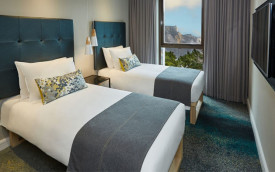 StayEasy Cape Town City Bowl twin hotel room south africa