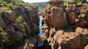 Three Rondawels - Bourke's Luck Potholes - Blyde River Canyon Viewpoint - Johannesburg