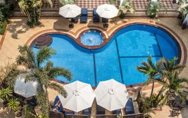Angkor Holiday siem reap cambodia hotel pool