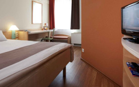 Ibis Bonn rhine valley germany hotel room