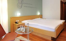 Wellness Hotel Roessli Room - Expat Explore Travel